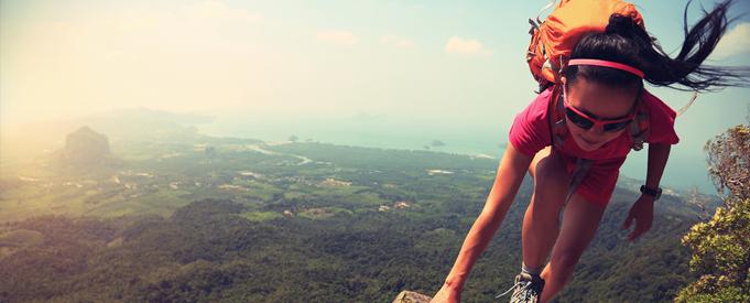 listerine-berani-hiking-ke-puncak-tertinggi-indonesia-lakukan-persiapan-fisik-ini.png